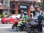 Viral Pemotor di Kediri Langsung Berdiri saat Dengar Lagu Garuda Pancasila di Lampu Merah