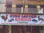 Strategi Gaet Pengunjung, Toko Laptop di Bekasi Ini Pasang Spanduk Pecel Lele