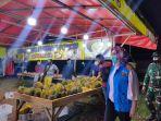 Tertibkan Lapak Kuliner di Malam Tahun Baru 2021, Wali Kota Tangsel Malah Diminta Beli Durian