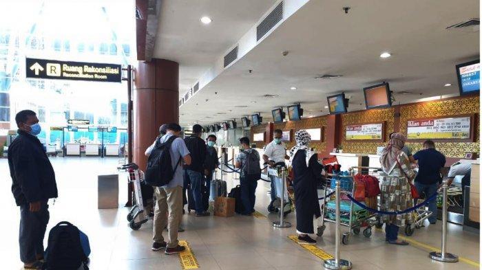 Memiliki Gejala Mirip Covid-19, Satu Warga Jakarta Calon Penumpang di Bandara SSK II Dirujuk ke RS