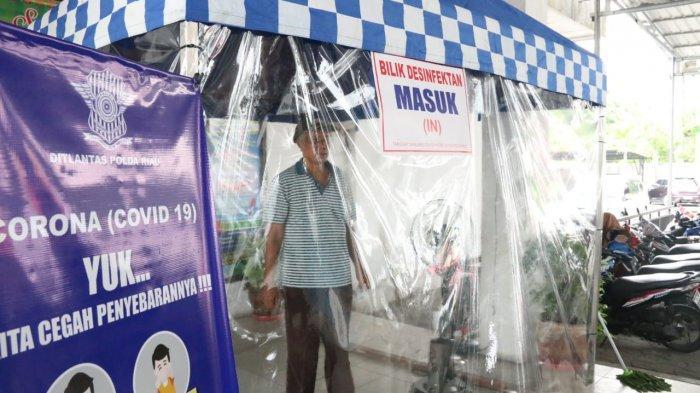 Antisipasi Penyebaran Covid-19, Samsat Simpang Tiga dan Kota Dilengkapi Dengan Bilik Disinfektan
