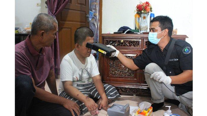 FOTO : Disdukcapil Pekanbaru Gelar Pelayanan Jemput Bola Bagi Lansia dan Penyandang Disabilitas - dinas-kependudukan-dan-pencatatan-sipil-kota-pekanbaru1.jpg