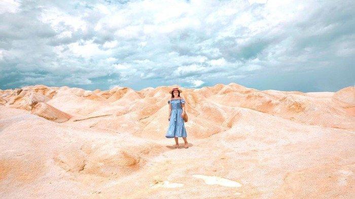Jelajah Gurun Pasir Busung, Tempat Wisata Instagramable di Riau