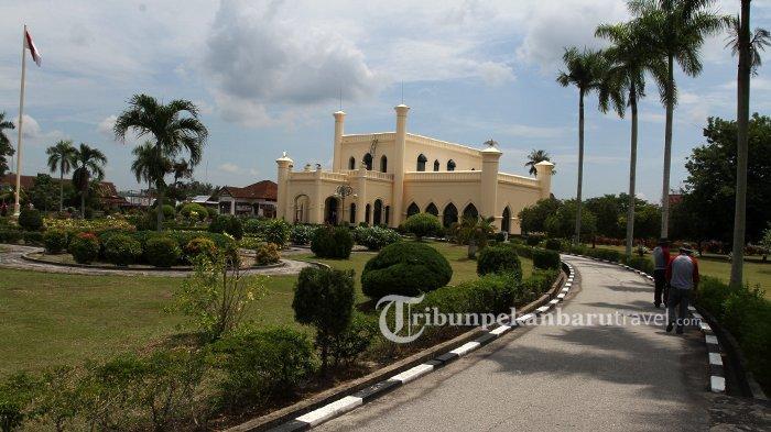 Makam Sultan Syarif Kasim II di Kabupaten Siak Mulai Ramai Diziarahi Warga Luar Daerah
