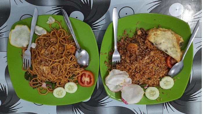 Sensasi Menu Unik Nasi Goreng Kerang Sumatera di Kubang Raya