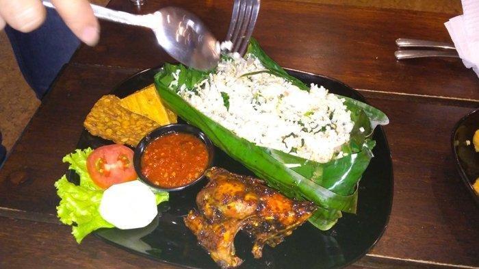 Bikin Nagih, Lezatnya Nasi Bakar Ala Vivace Cafe Pekanbaru