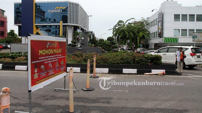 FOTO : Penerapan PSBB, Jalan Sudirman Pekanbaru Ditutup Dari Pagi Hingga Siang - psbb-jalan-sudirman-ditutup4.jpg