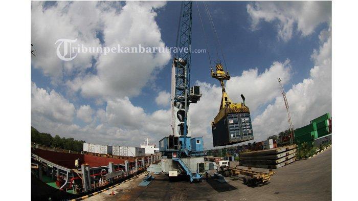 FOTO : Melihat Terminal Peti Kemas Perawang Milik Pelindo 1 di Kabupaten Siak - suasana-terminal-peti-kemas-perawang-milik-pelindo-1-cabang-pekanbaru3.jpg