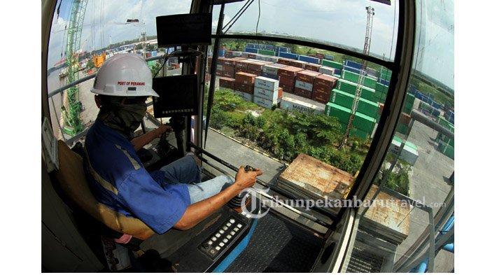 FOTO : Melihat Terminal Peti Kemas Perawang Milik Pelindo 1 di Kabupaten Siak - suasana-terminal-peti-kemas-perawang-milik-pelindo-1-cabang-pekanbaru4.jpg