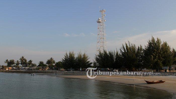 Pesona Teluk Rhu Bengkalis, Indahnya Pantai Berpasir Putih Sepanjang 13 Km