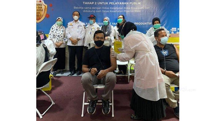 250 Orang Lebih Pekerja Tenant dan Karyawan Living World Pekanbaru Disuntik Vaksin Covid-19