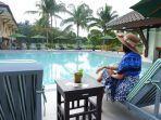 aeksimare-pool-club-cafe-di-kawasan-labersa-garden-inn1.jpg