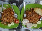 masakan-di-restoran-nasi-goreng-kerang-sumatera.jpg