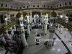 masjid-raya-pekanbaru-merupakan-salah-satu-masjid-tertua-di-kota-pekanbaru.jpg