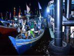 sholawat-berhayut-dilakukan-kelompok-sholawat-laut-indonesia-jumat-9102020-malam.jpg