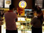 suasana-jco-donuts-coffee-mal-ska-pekanbaru.jpg