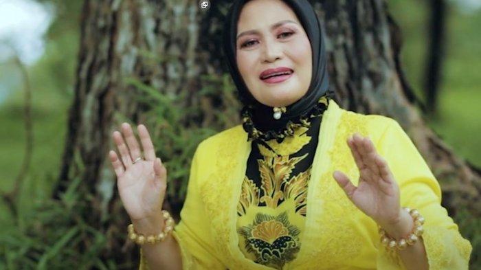 Eliana Amran , Luncurkan Album Perdana