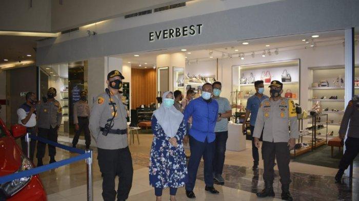 Kapolresta Pekanbaru Pantau Pusat Perbelanjaan Saat Libur Panjang