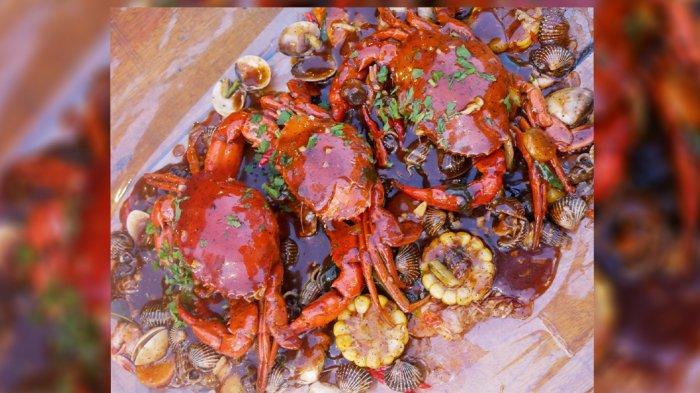 Olahan Seafood di Teras Pakcoy Pekanbaru