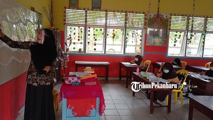 Ketetnya Penerapan Protokol Kesehatan Saat Belajar Tatap Muka di SDN 50 Bengkalis Riau