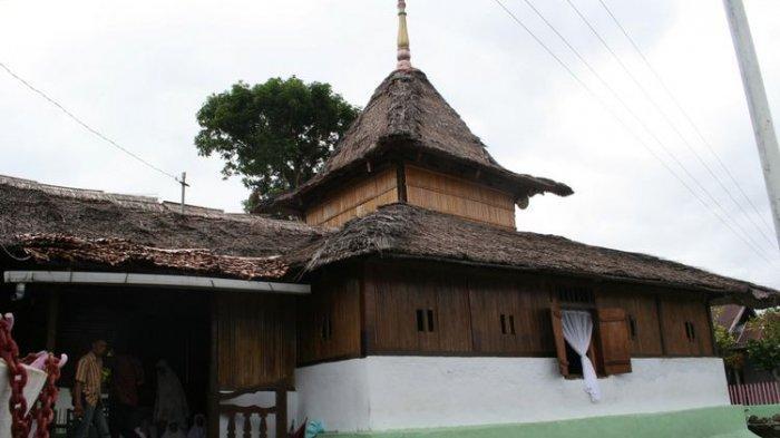 Daftar 6 Masjid Tua di Indoensia