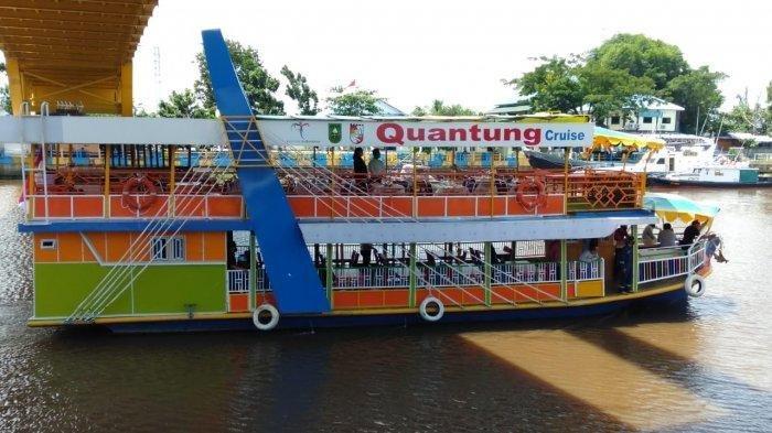 Restoran Terapung Quantung Cruise di Pekanbaru