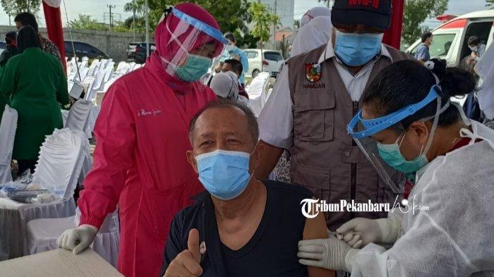 Riau Kembali Terima 11.490 Vaksi Covid-19, Giliran Lansia dan Petugas Pelayanan Publik Divaksin