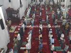 suasana-tarawih-perdana-ramadhan-2021-di-masjid-raudhatus-shalihin.jpg<pf>jamaah-masjid-raudhatus-shalihin.jpg<pf>shalat-tarawih-di-masjid-raudhatus-shalihin-terapkan-protokol-kesehatan.jpg