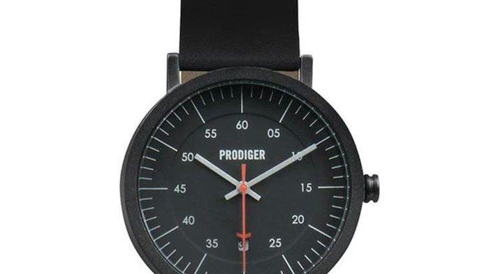 Jam tangan brand lokal warna hitam Bodypack.