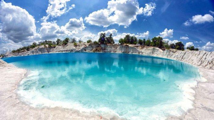 Danau Kaolin, Belitung.