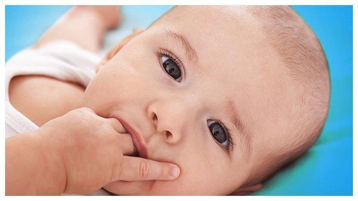 10 Tanda Bayi Sedang Lapar