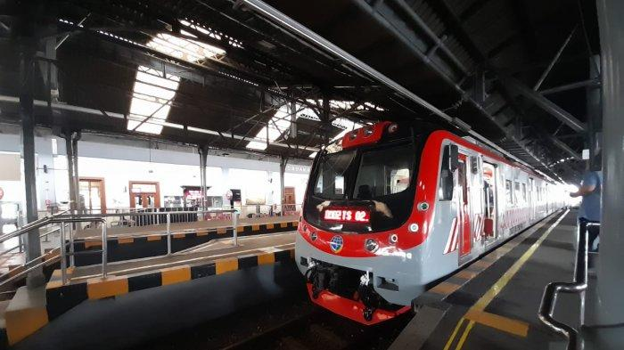Kereta api listrik Solo-Yogya