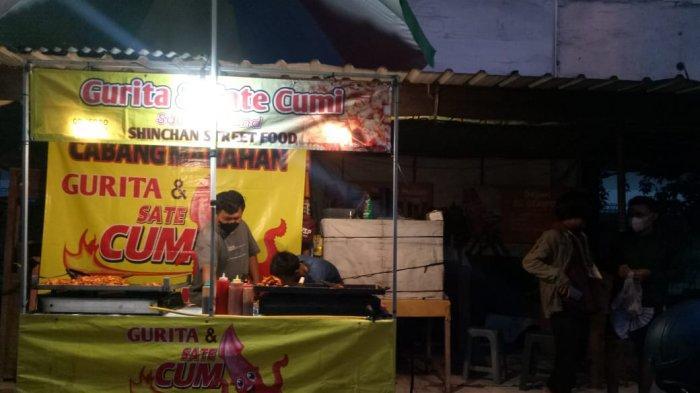 Jajan Cumi Bakar Hanya Rp 5 Ribu, Street Food Ala Thailand yang Sedang Hits di Manahan Solo