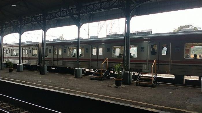 Hari Pertama KRL Solo-Jogja di Stasiun Klaten, Kondisi Normal, Tak Ada Penumpukan