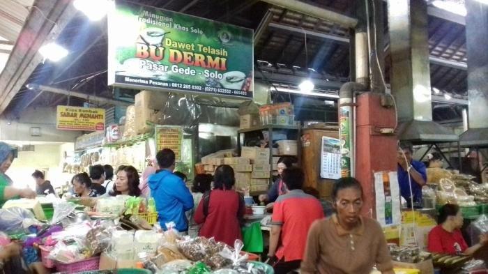 Es Dawet Telasih Bu Dermi, Kuliner Wajib Saat Berkunjung ke Pasar Gede Solo