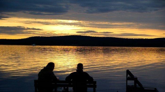 midnight-sun-di-finlandia-yess.jpg
