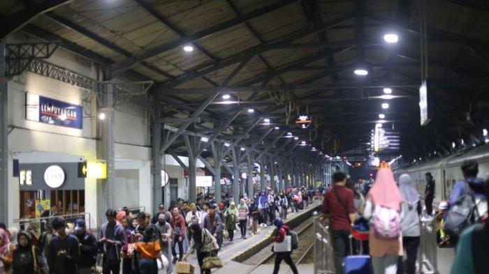 Mulai Hari Ini Kereta Api Akan Tambah 4 Perjalanan Tambahan KA Jarak Jauh dari Jakarta