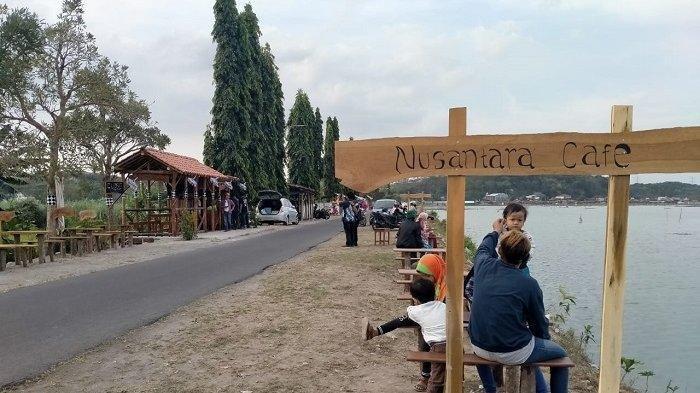 Tawarkan Suasana Ala Bali, Kedai di Rawa Jombor Ini Cocok Jadi Pilihan Menikmati Sore di Rawa Jombor