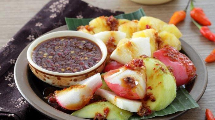Resep Rujak Buah Bumbu Honje, Snack Sehat Untuk Camilan Keluarga