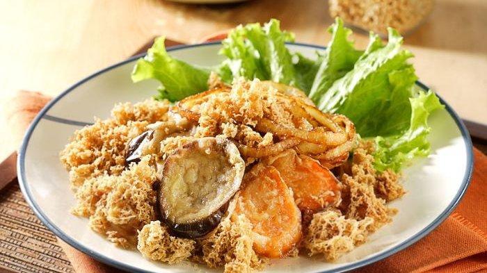 Resep Sayuran Goreng Kremes Bumbu Opor, Bikin Sensasi Makan Siang Jadi Lebih Berkesan