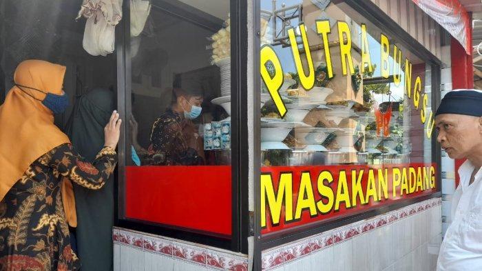 Masakan Rumah Makan Padang Putra Bungsu Sragen Diklaim Otentik, Pembeli Jelaskan Alasannya