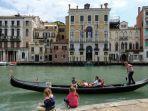 gondola-di-venesia-yess.jpg