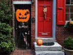 ilustrasi-airbnb-halloween-yoi.jpg