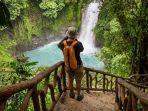 ilustrasi-wisata-oke-indonesia.jpg