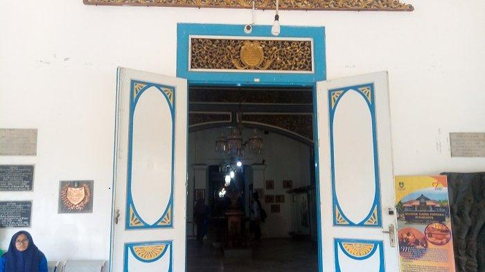 Bebas Biaya Masuk Museum Radya Pustaka Selalu Ramai Pengunjung