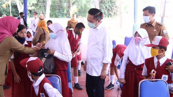 Sekertaris Daerah (Sekda) kota Palembang Ratu Dewa saat menghadiri launching RUBASA di Kecamatan Sematang Borang.