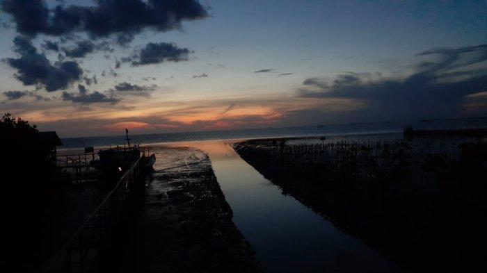Berburu Sunset di Ufuk Barat Lantebung
