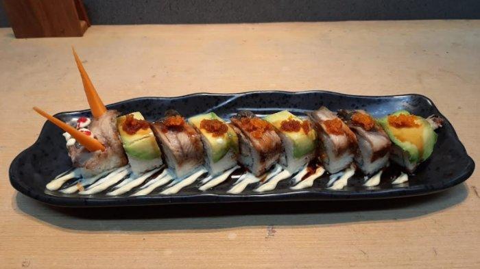 Nikmatnya Jumbo Dragon Roll di Sushi Tei yang Jadi Menu Favorit