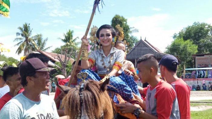 Melihat Tradisi Sayyang Pattuduq Ramaikan Maulid Nabi di Leteang Polman