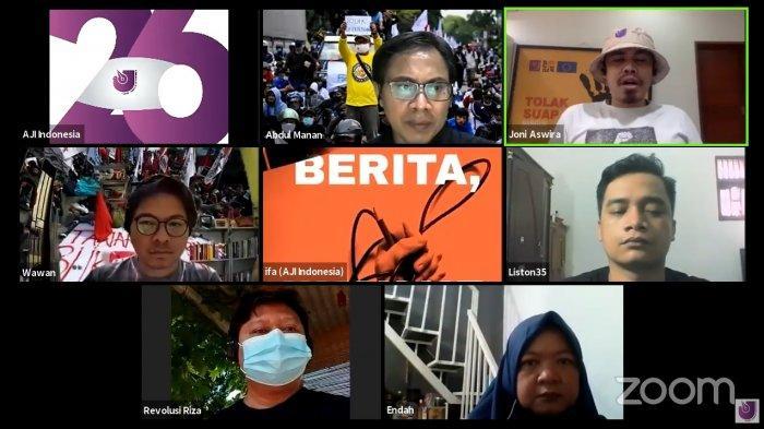 Aliansi Jurnalis Indonesia (AJI) menggelar Aksi Jurnalis Menolak Omnibus Law UU Cipta Kerja, Kamis (8/10/2020).